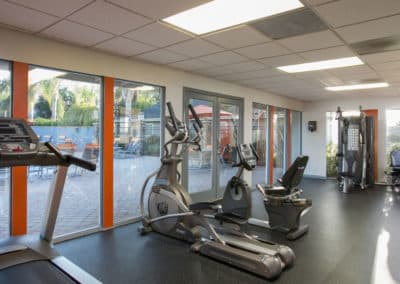 Fitness-center-with-resort-view